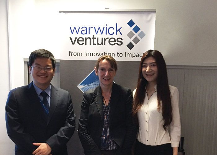 Chinese Warwick Venture internship students posing with Melody